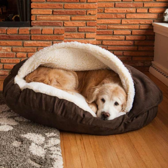 The Snoozer Cozy Dog Cave has a sherpa-lined pocket designed so that all pets can snuggle with the comfort of a soft cover on top of them as well as underneath.A cover support keeps the top cover in place so it can be easily entered. The Cozy Cave comes in size options to best suit your pet. This pet cave features a poly/cotton fabric on the exterior top, bottom, and side wall, and a faux.
